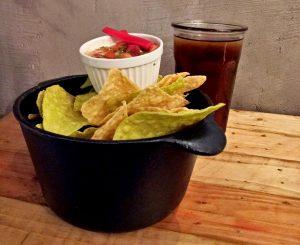 Nachos and Salsa - Gregory park | catchingcarla.com