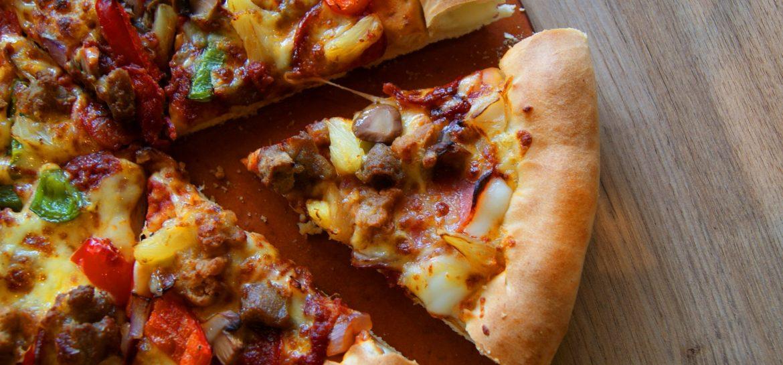 Pizza hut: Catching Carla