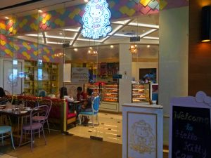 Hello Kitty Cafe : Catching Carla | catchingcarla.com